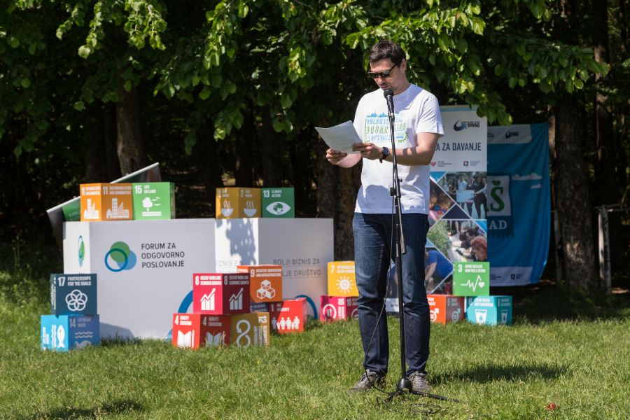 Volonteri uredili Stepin Lug u velikoj volonterskoj akciji Naš Beograd